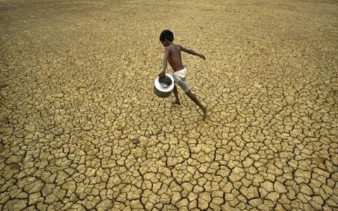 A bolygónkon található víznek csak 3%-a édesvíz, ebből 1% hozzáférhető emberi fogyasztás számára.